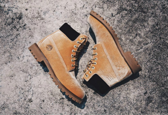 OFF-WHITE x Timberland Classic Yellow Boots